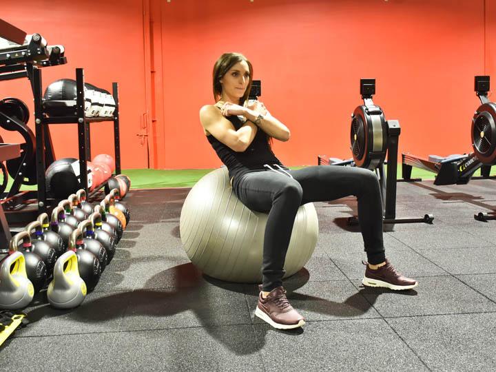 Entrainement fonctionnel Annecy avec swissball