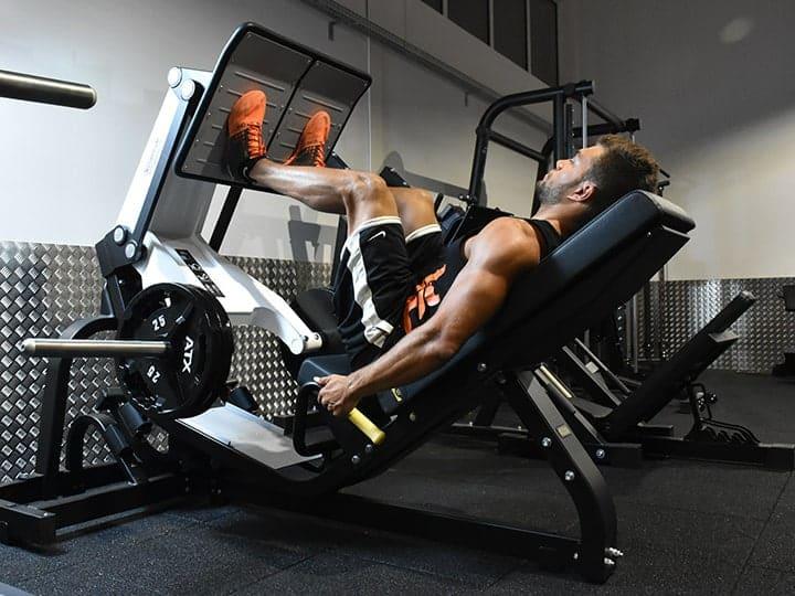 Postes de musculation pour les jambes